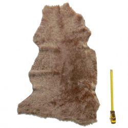 Peau entière d'Agneau avec poils Marron clair