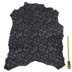 Peau entière de Chèvre Noire imprimée Fleur