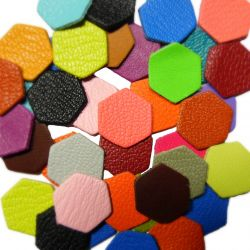 10 Hexagones en cuir multicolores